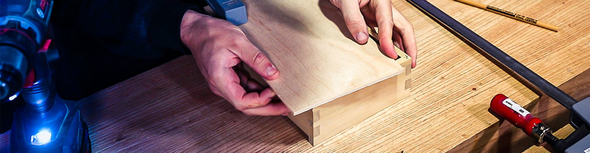 School Header - How to Attach the Base of the Box