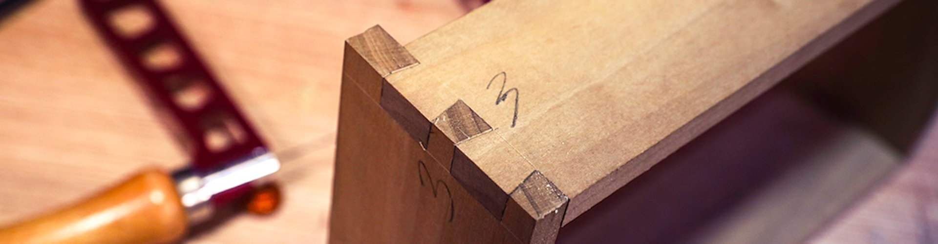 School Header - How to Precisely Adjust a Dovetail Joint
